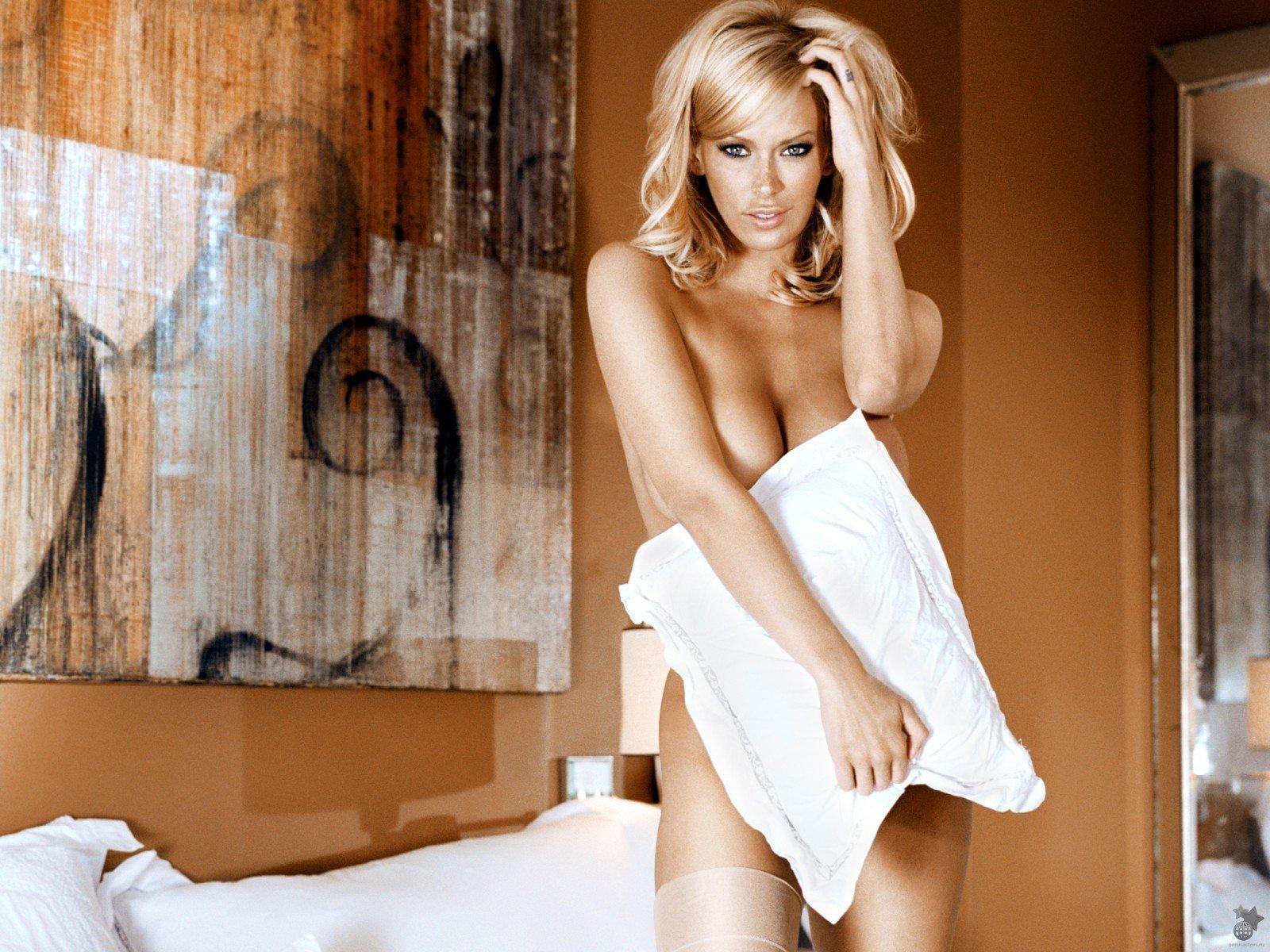 Jenna Jameson. Фотосессия знаменитой порно звезды Дженны Джемисон